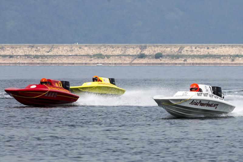 Fast start. Asia Powerboat Championships 2018. - photo © Guy Nowell