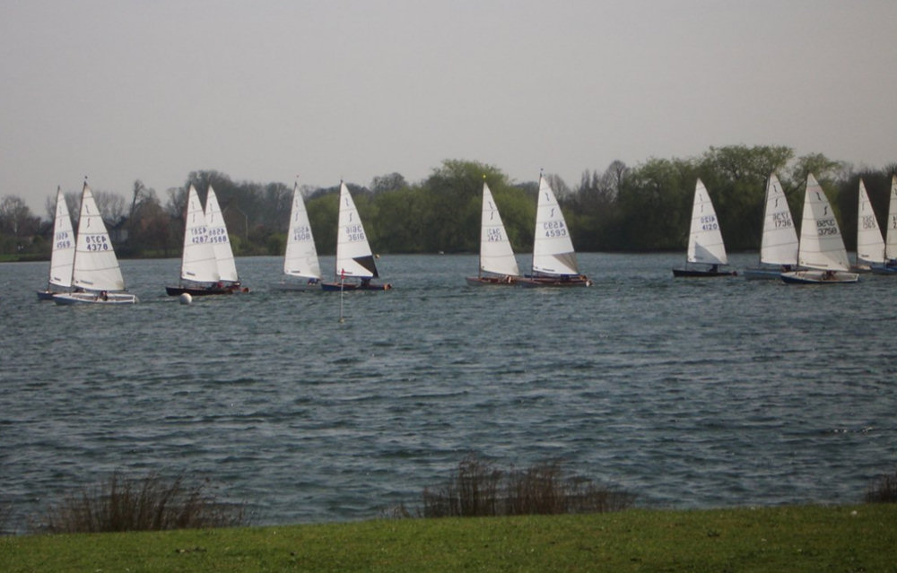 April Calendar Waterproof : Solo thames valley travellers at dorchester sailing club