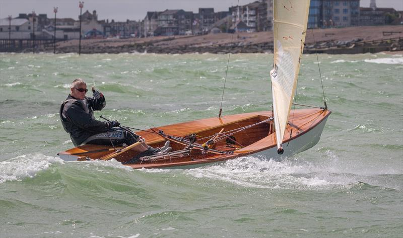 Thumbs up for the Solo Southern Area Championship at Felpham - photo © Bill Brooks