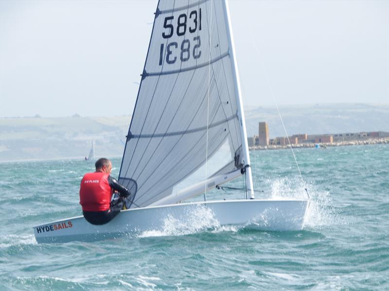 Richard Lovering in the top 3 vest on day 2 of the Solo Nationals at the WPNSA - photo © Will Loy