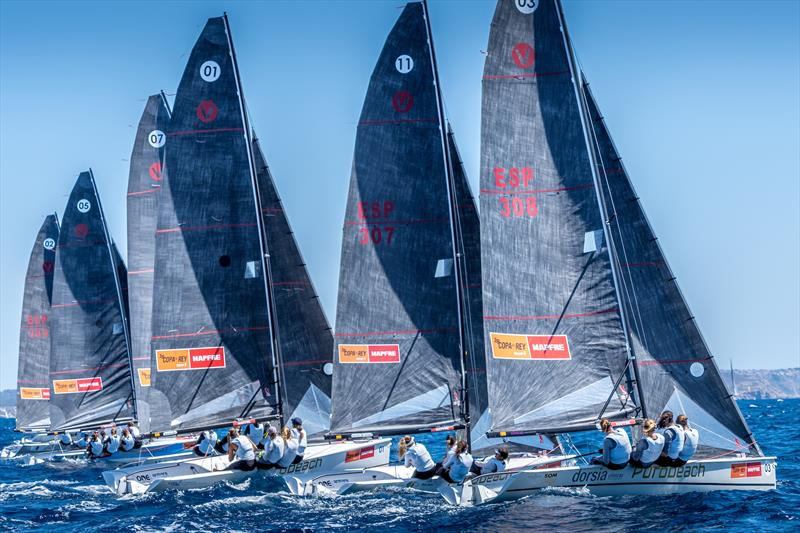 Purobeach Women´s Cup fleet sailing on the Bay of Palma on day 2 at 38 Copa del Rey MAPFRE - photo © Nico Martínez / Copa del Rey MAPFRE