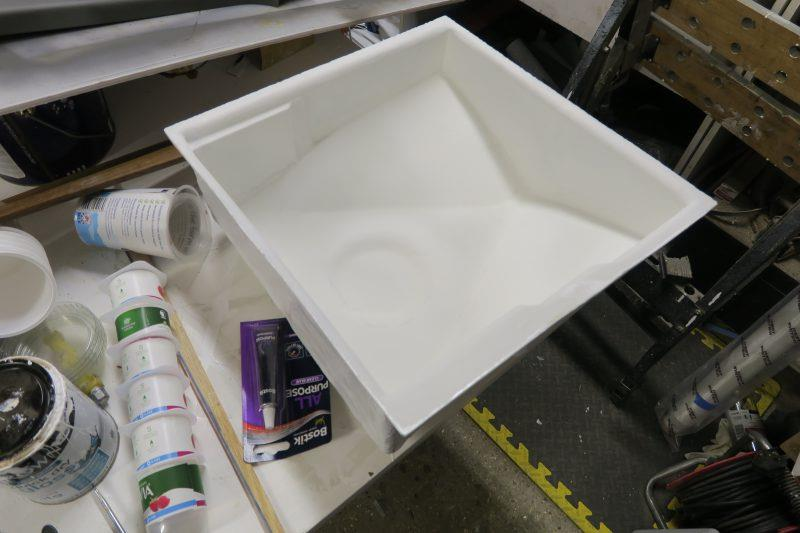 Moulding an oil drip tray with epoxy resin - step 14 - photo © Wessex Resins & Adhesives